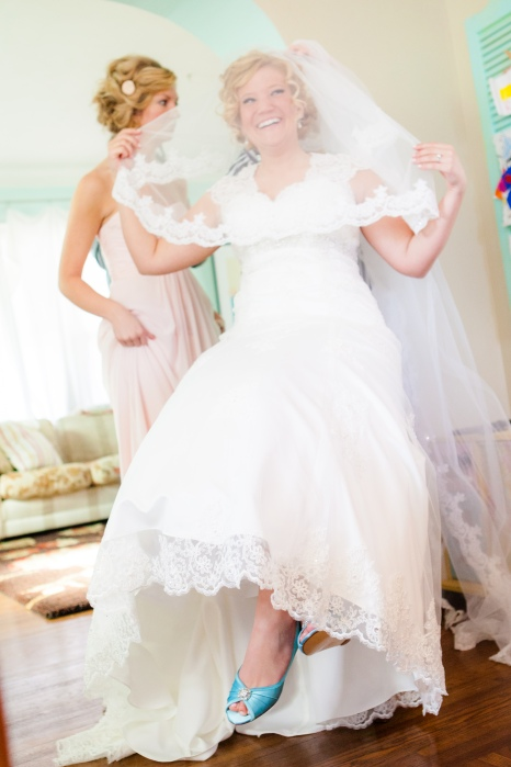 my shoes! how I still adore them! I had a blast with my chapel length, lace veil and my blue shoes. Never enough lace!