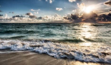 Deborah-Sandidge-One-Shot-South-Beach-Ocean-Waves